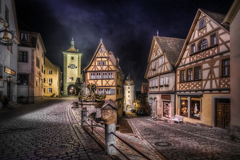 Rothenburg ob der Tauber is one the most idyllic German medieval towns I have visited. Fot that reason I have been there three times. This split road is particularly lovely I think. Photo by: Jacob Surland, www.caughtinpixels.com